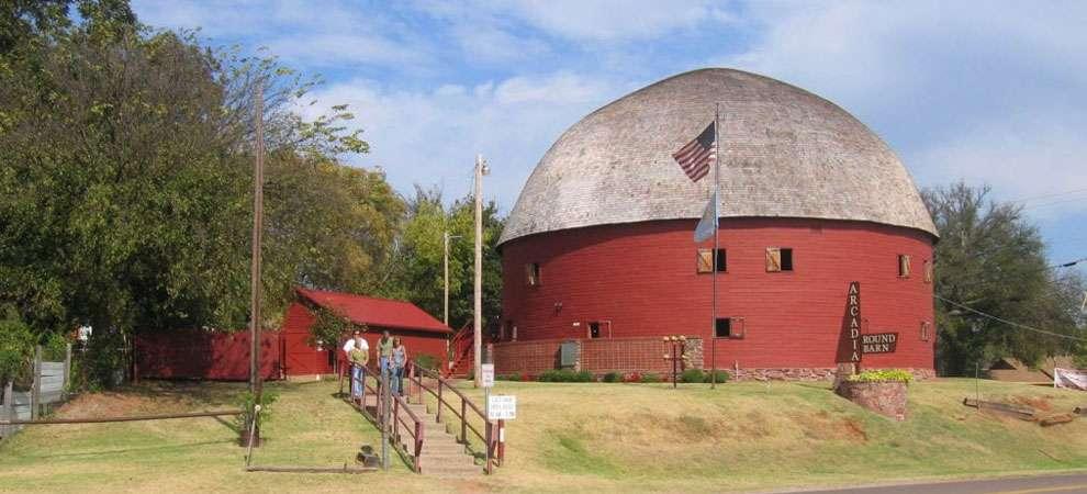 The Round Barn, Arcadia