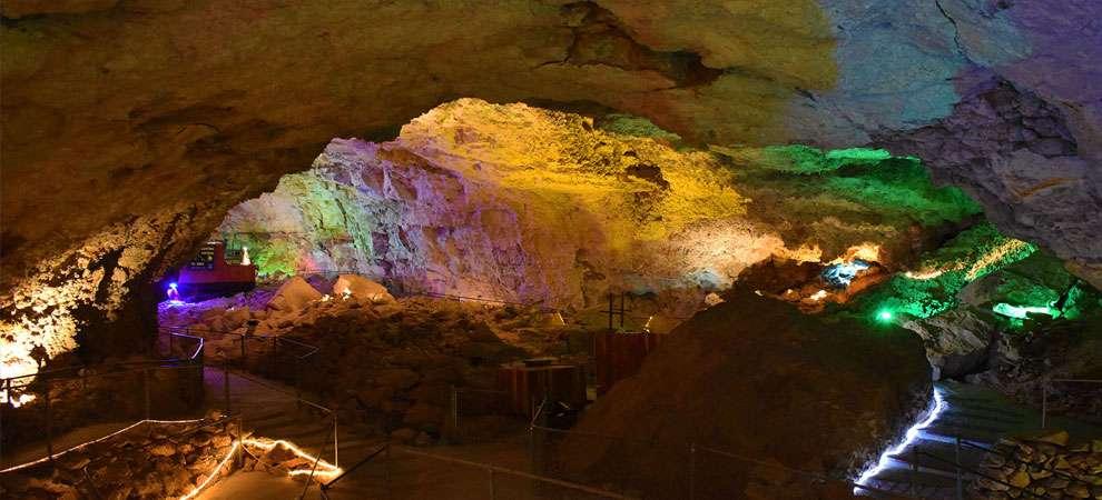 Grand Canyon Caverns, Peach Springs