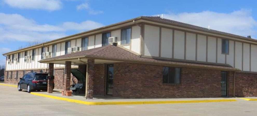 Baxter Inn 4 Less, Baxter Springs